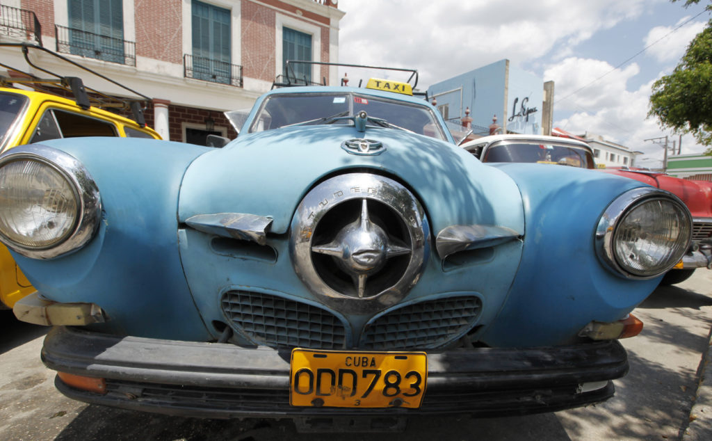 Cuba is an amazing time capsule of classic american cars for Old american cars