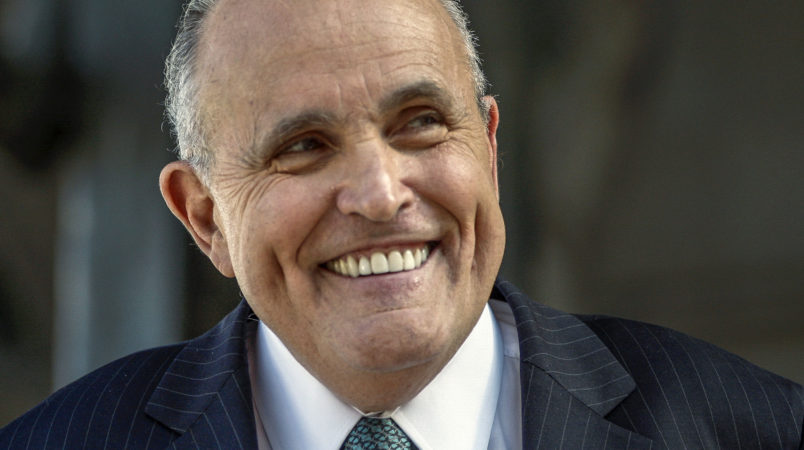 Giuliani: Mueller probe 'might get cleaned up' with 'presidential pardons'