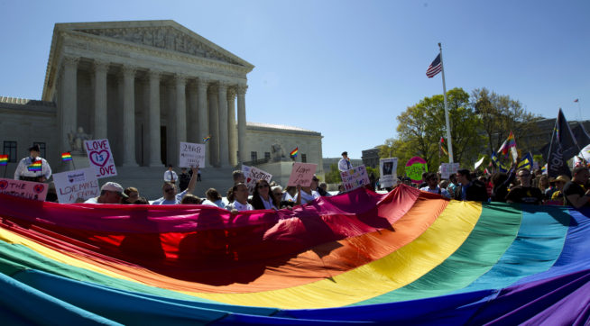 Supreme Court Legalizes Same-Sex Marriage Nationwide