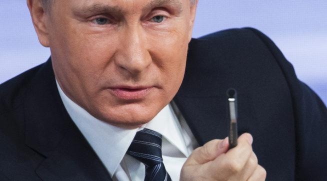 Kreml je přesvědčen, že USA chystají převrat, tvrdí rozvědka