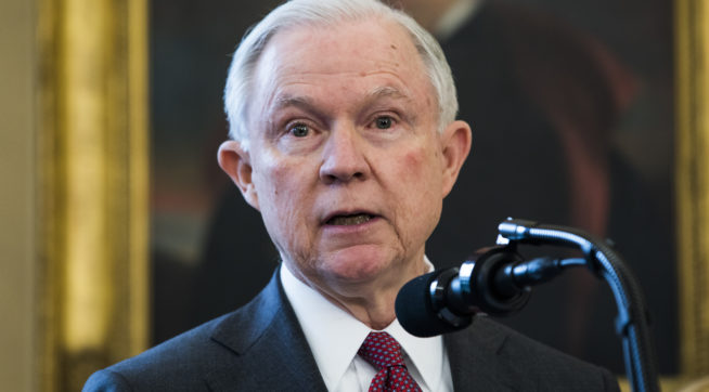 Trump Administration Asks SCOTUS to Reinstate 'Muslim Ban'