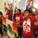 /// Hundreds of demonstrators marched in the Texas Capitol Monday, May 29, 2017, protesting the state's newly passed anti-sanctuary cities bill.DQoNCg0KU2VudCBmcm9tIG15IGlQaG9uZQ==
