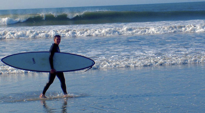 photo image Flynn Seeks Sanctuary From Russia Interference Scandal In Hometown Surf