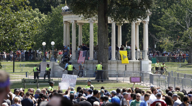 Thousands march in USA state one week after Charlottesville