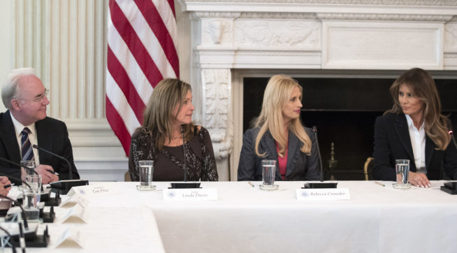 "From left, Secretary of Health and Human Services Tom Price, Macomb County District Judge Linda Davis, Rebecca Crowder of ""Lily's Place,""  and first lady Melania Trump attends an Opioid roundtable discussion at the White House in Washington, Thursday, Sept. 28, 2017. Melania Trump has invited experts and people affected by addiction to opioids to the White House for a listening session and discussion about the epidemic. (AP Photo/Carolyn Kaster)"