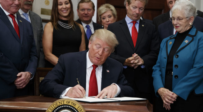 photo image If O'Care Executive Order Does What Trump Hopes, It Will Cost Gov't Money