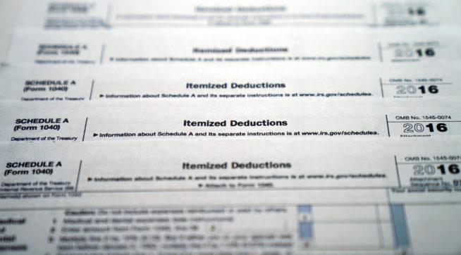 (Form 1040) Schedule A Itemized Deductions, Monday, Nov. 6, 2017. ( Photo/Pablo Martinez Monsivais)