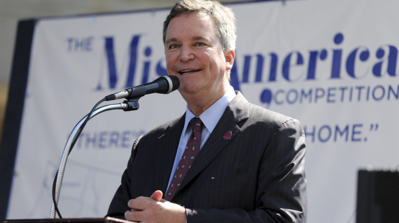 Sam Haskell, left, CEO of Miss America Organization, speaks during Miss America Pageant arrival ceremonies Tuesday, Aug. 30, 2016, in Atlantic City. The contestants from all 50 states, the District of Columbia and Puerto Rico were welcomed to the city Tuesday afternoon to kick off two weeks that will culminate in the crowning of the 2017 Miss America on Sept. 11. (AP Photo/Mel Evans)