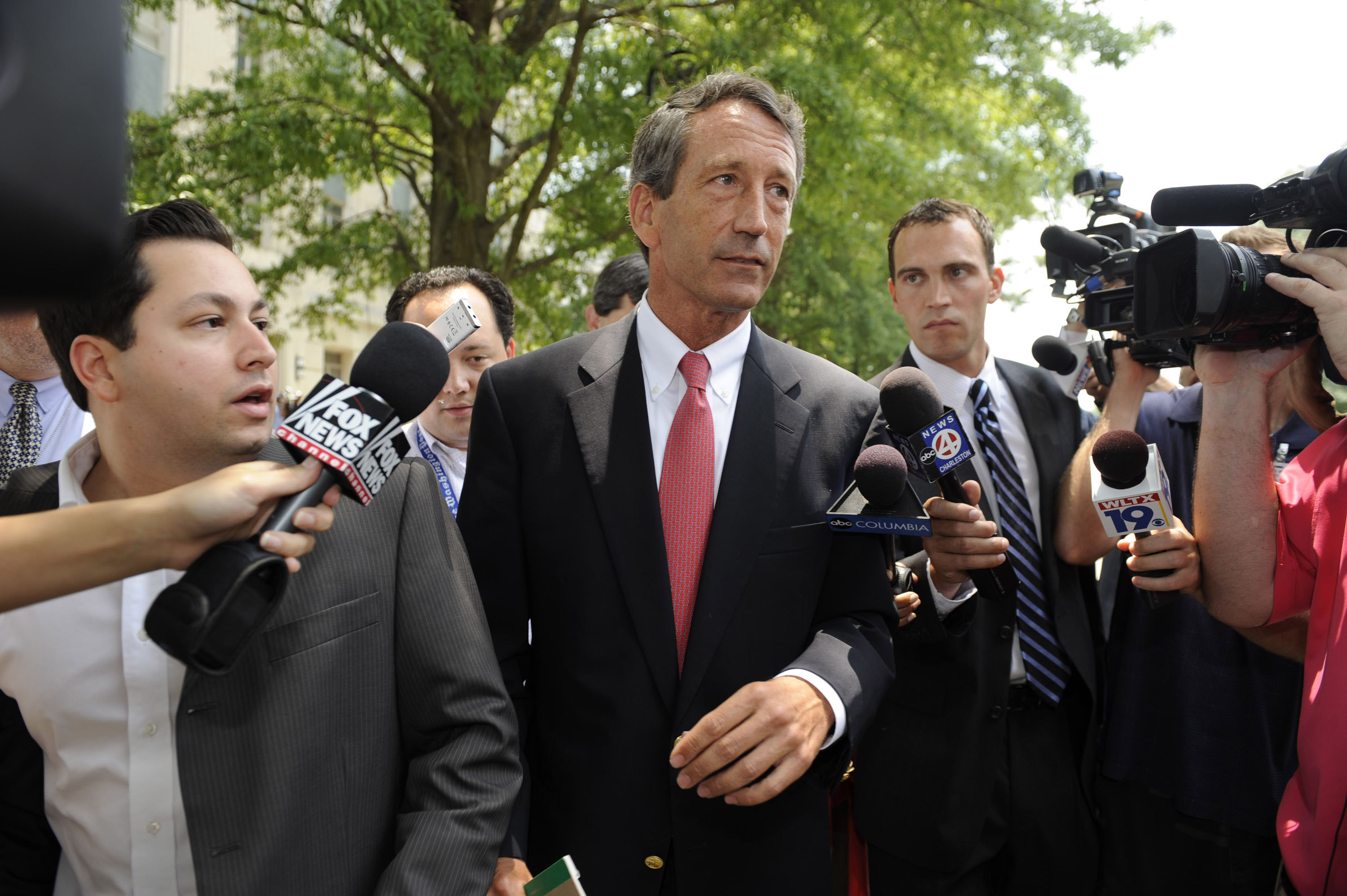 COLUMBIA, SC - JUNE 26: South Carolina Governor fields questions from the media following a special meeting with his Cabinet in the Wade Hampton Building at the Statehouse complex on June, 26, 2009. The cabinet meeting was the governor's first planned appearance since he announced his extramarital affair with a woman from Argentina. (Photo by Davis Turner/Getty Images)